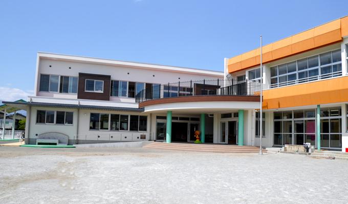 甲府大里幼稚園が新しくなりました